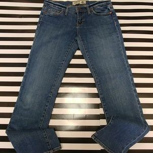 Pink by Victoria Secret jeans 4S